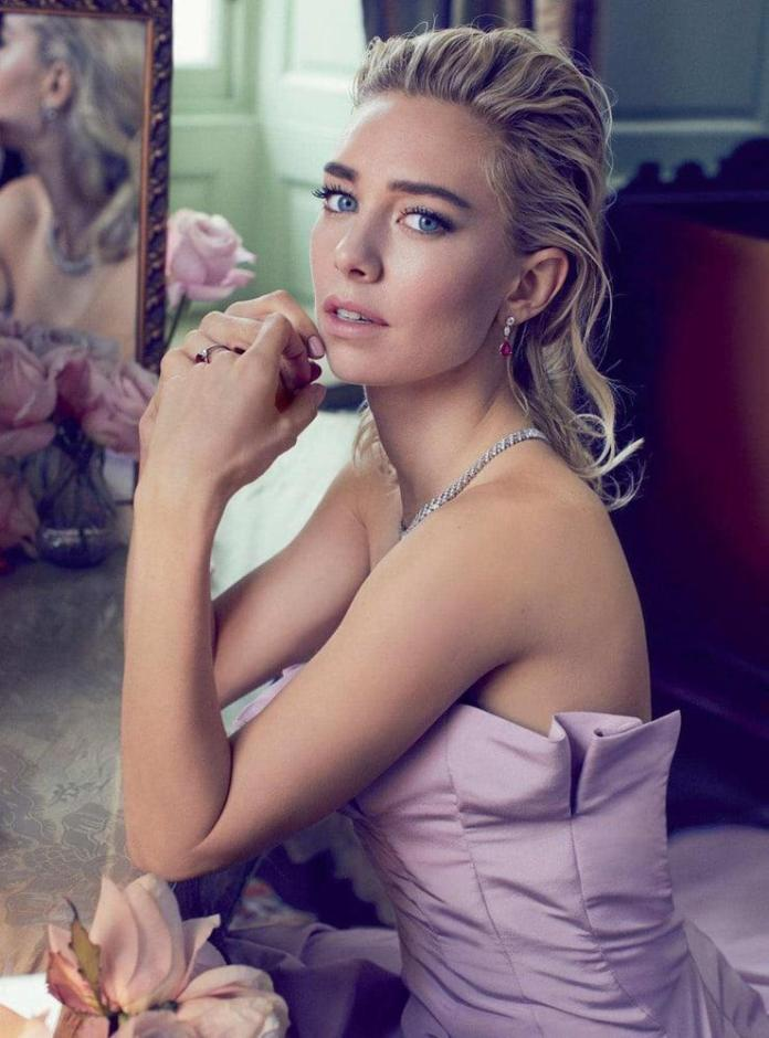 Vanessa Kirby Sexiest Pictures (41 Photos)