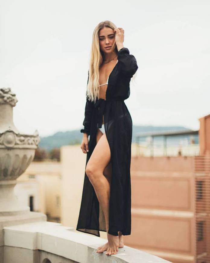 Charly Jordan Hottest Pictures (39 Photos)