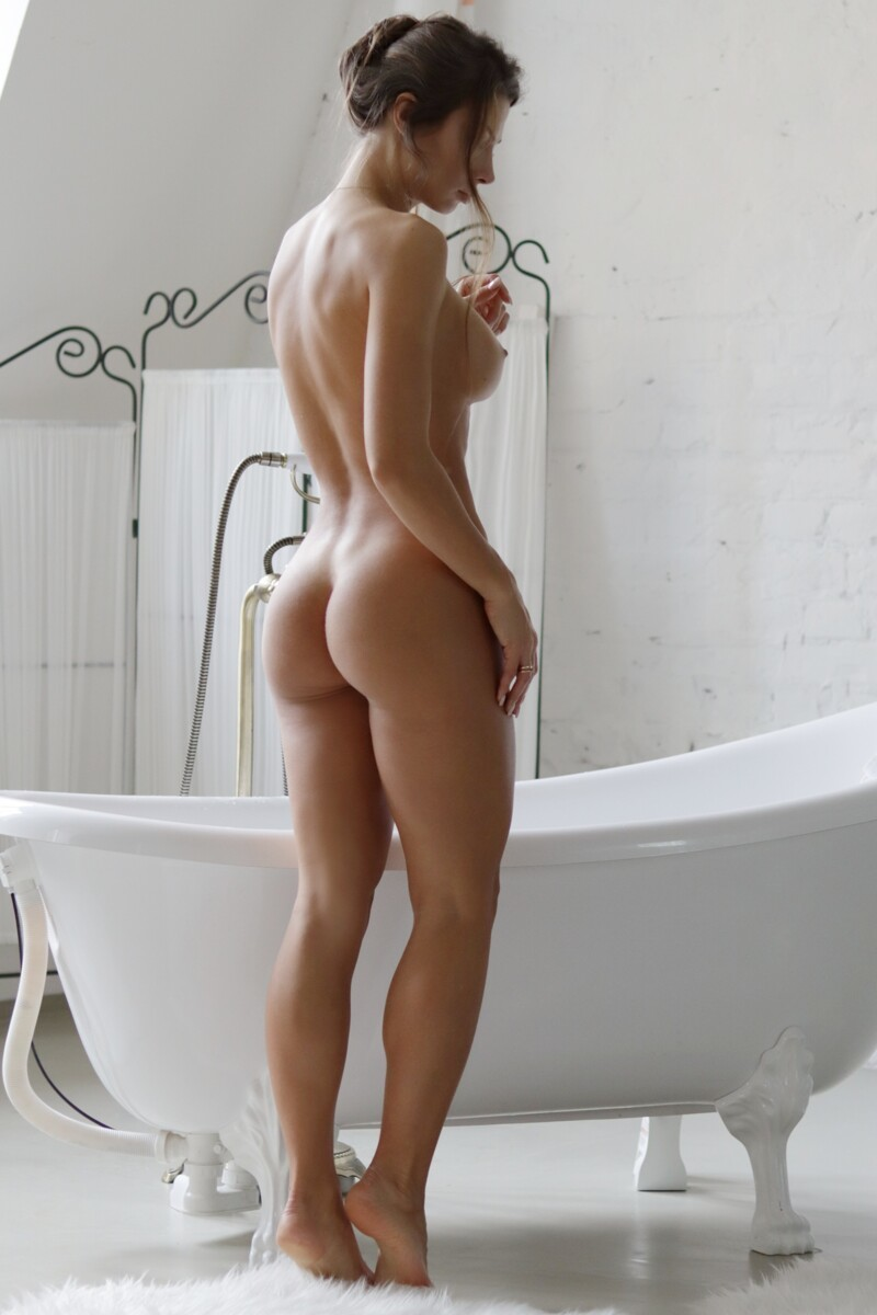 Hot Girls With Sexy Butts (45 Photos)