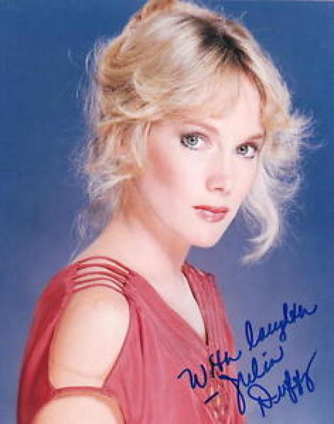 Julia Duffy Hottest Pictures (41 Photos)