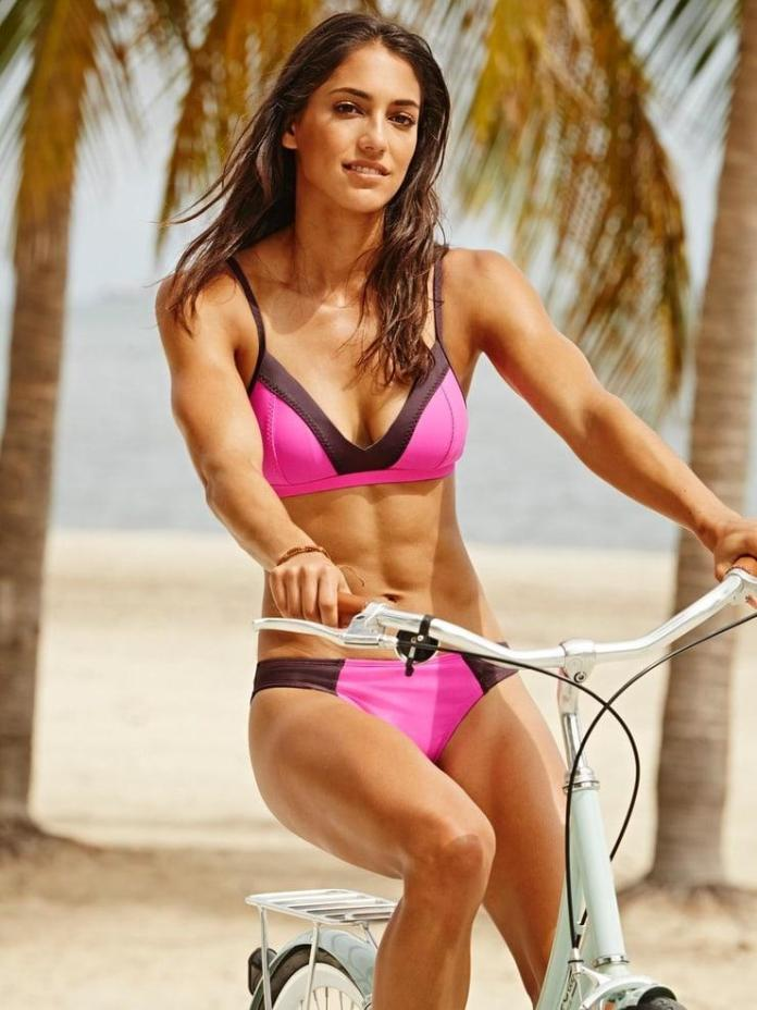 Allison Stokke Sexiest Pictures (41 Photos)