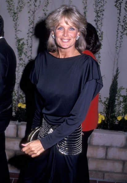 Linda Evans Hot And Sexy Pictures (41 Photos)