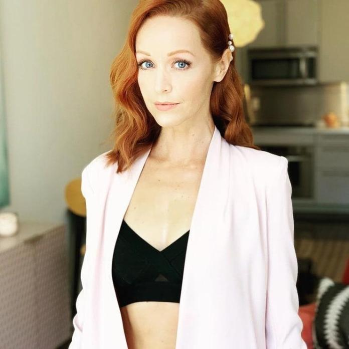 Lindy Booth Hot And Sexy Pictures (41 Photos)