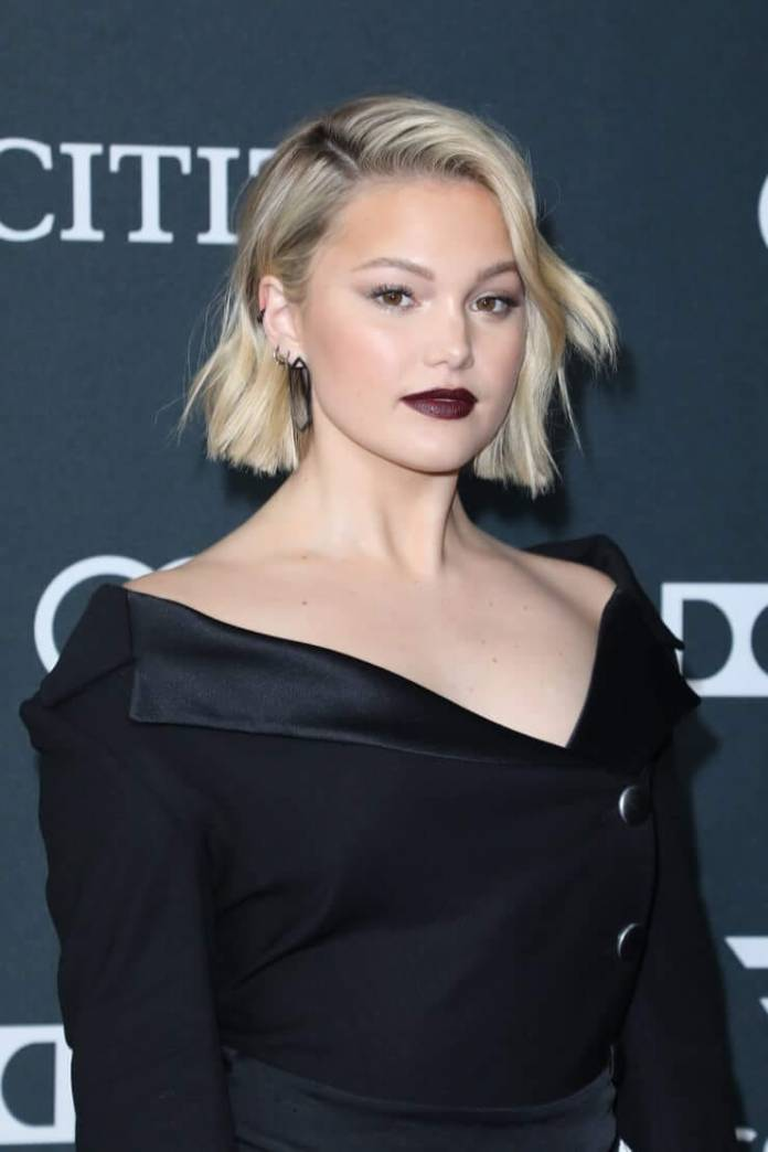 Olivia Holt Hot And Sexy Pictures (41 Photos)