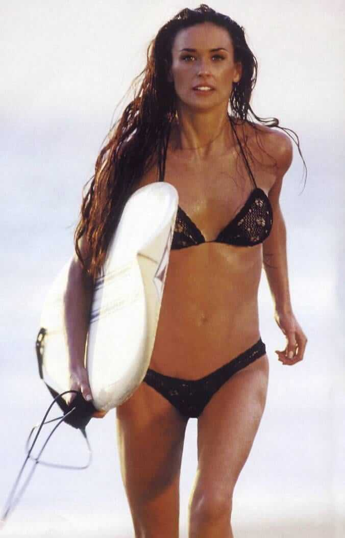 Demi Moore Hot And Sexy Pictures (59 Photos)