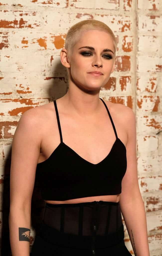 Kristen Stewart Hot And Sexy Pictures (62 Photos)