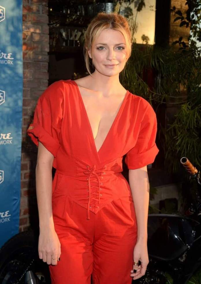Mischa Barton Hot And Sexy Pictures (62 Photos)