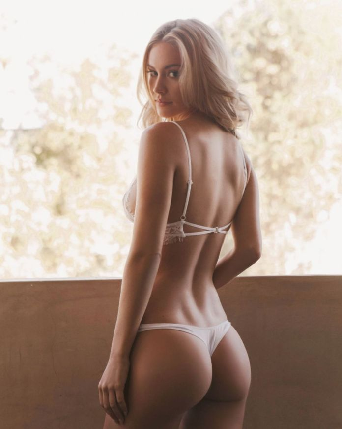 Bryana Holly Sexiest Pictures (40 Photos)