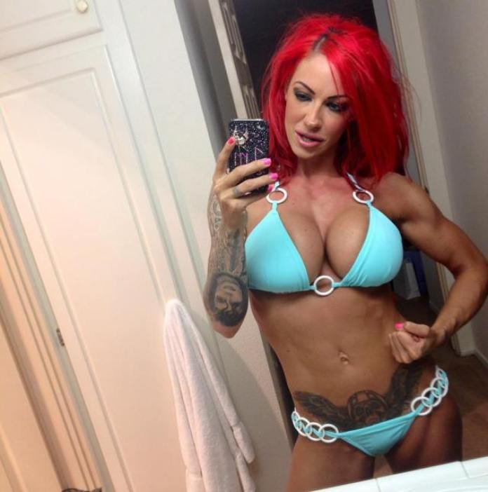 Jodie Marsh Hottest Pictures (40 Photos)
