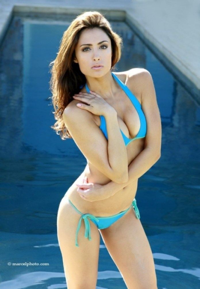Katie Cleary Hottest Pictures (39 Photos)