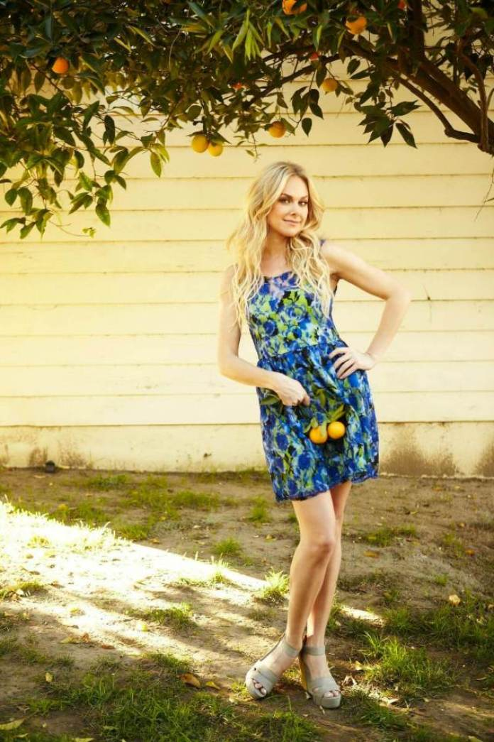 Laura Bell Bundy Sexiest Pictures (40 Photos)