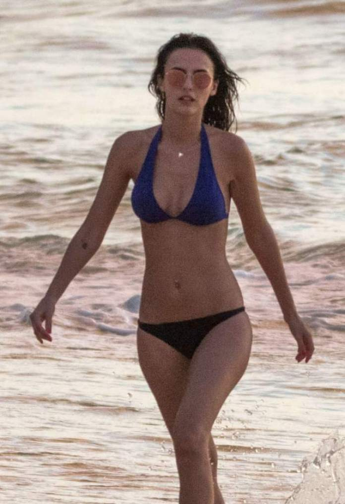 Lucy Watson Sexiest Pictures (40 Photos)