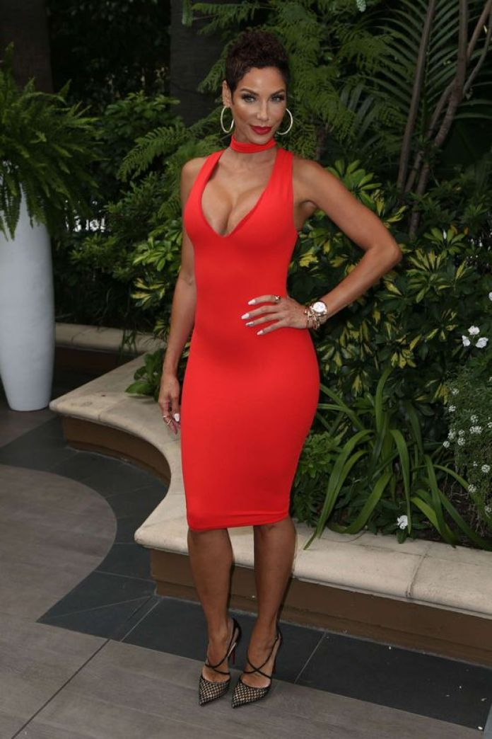 Nicole Murphy Sexiest Pictures (40 Photos)