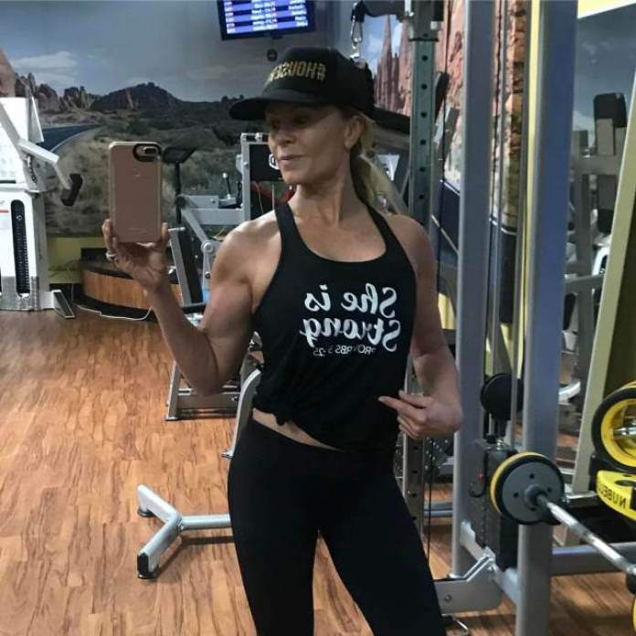 Tamra Judge Hottest Pictures (39 Photos)