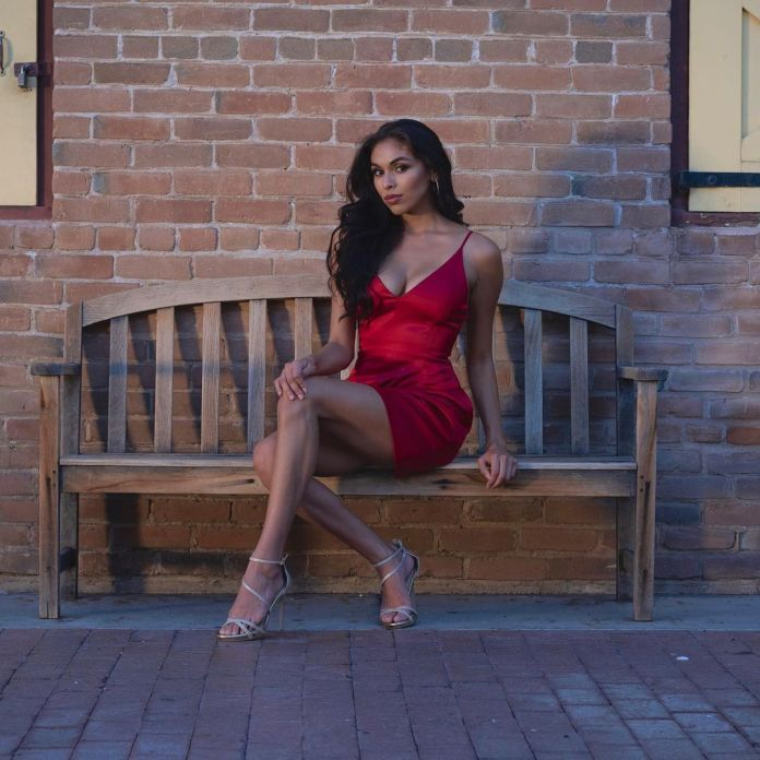 Yesenia Vidales Hottest Pictures (40 Photos)