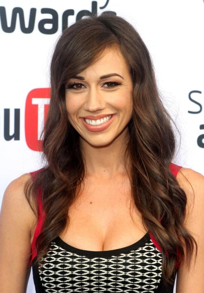 Colleen Ballinger Sexiest Pictures (39 Photos)