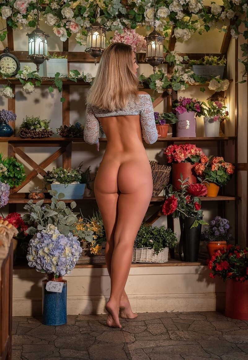 Hot Girls With Sexy Butts (78 Photos)
